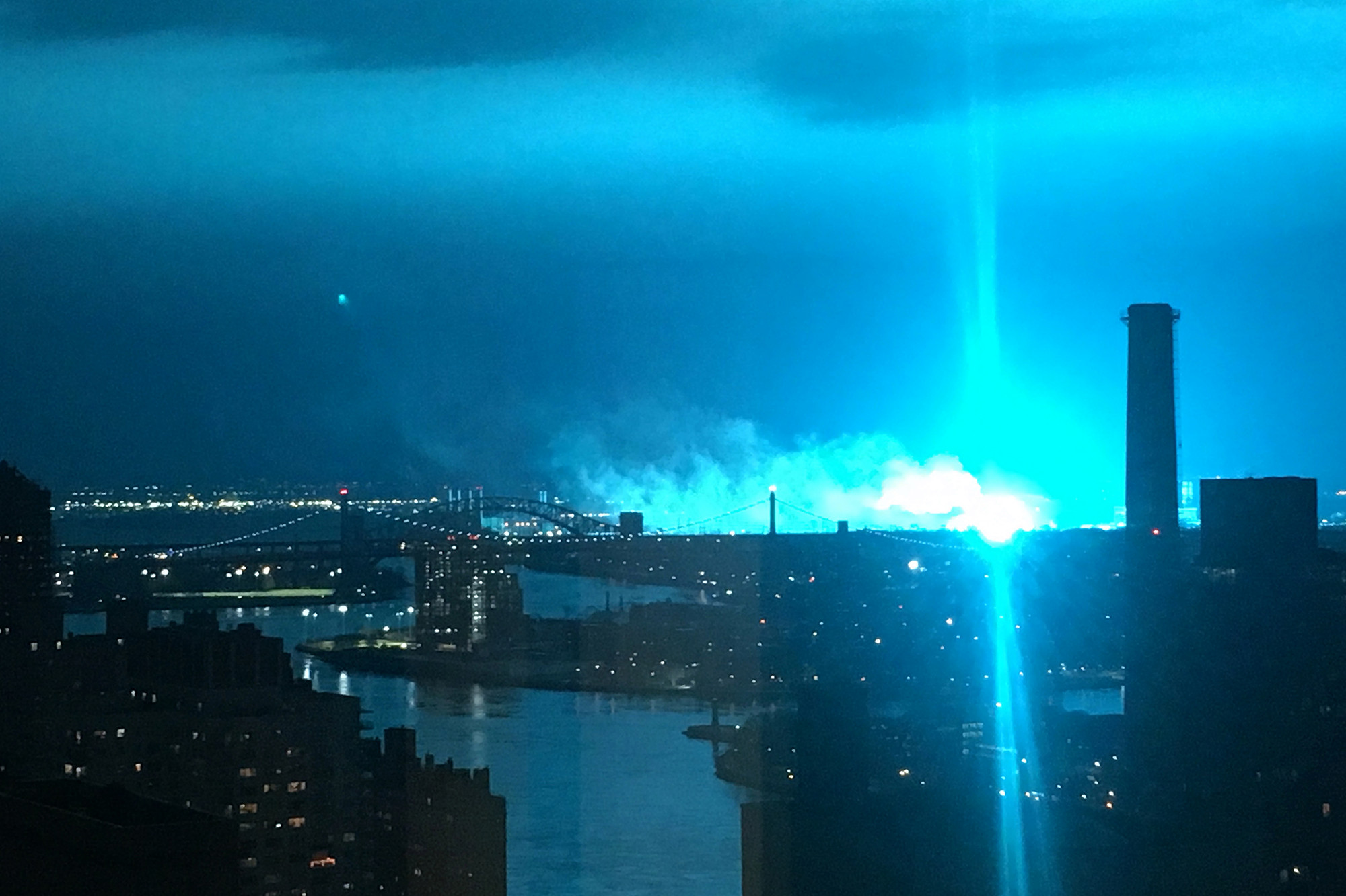 1812228-queens-explosion